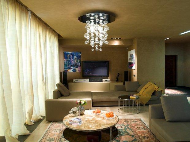 Фотография: Гостиная в стиле Современный, Декор интерьера, DIY, Декоративная штукатурка – фото на INMYROOM