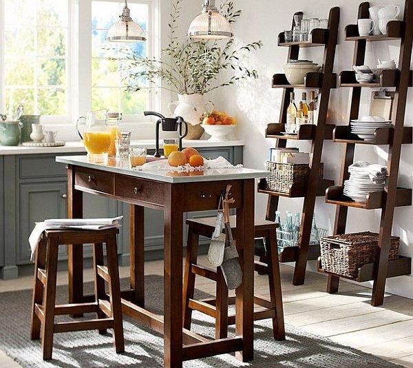 Фотография: Кухня и столовая в стиле Скандинавский, Декор интерьера, Декор дома, Советы, Лестница – фото на INMYROOM