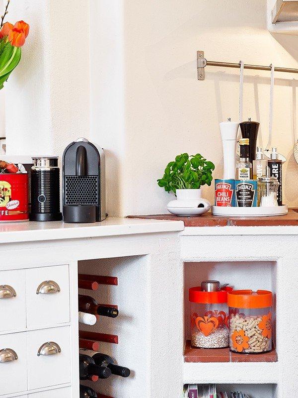 Фотография: Кухня и столовая в стиле Скандинавский, Современный, Декор интерьера, Квартира, Цвет в интерьере, Дома и квартиры, Стены, Гетеборг – фото на INMYROOM