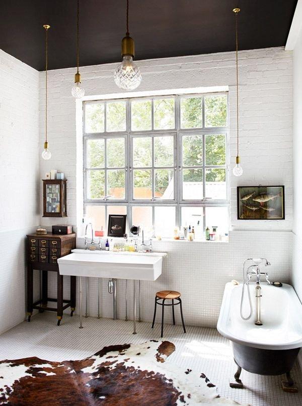 Фотография: Ванная в стиле Скандинавский, Декор интерьера, Дизайн интерьера, Цвет в интерьере, Потолок – фото на INMYROOM