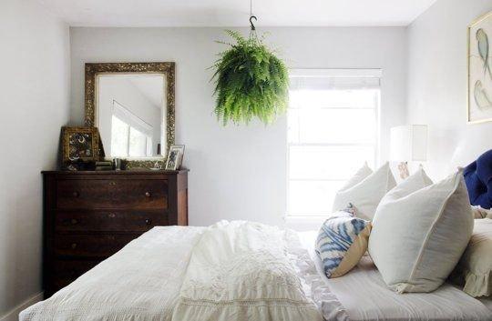 Фотография: Спальня в стиле Прованс и Кантри, Декор интерьера, Флористика, Декор, Советы – фото на InMyRoom.ru