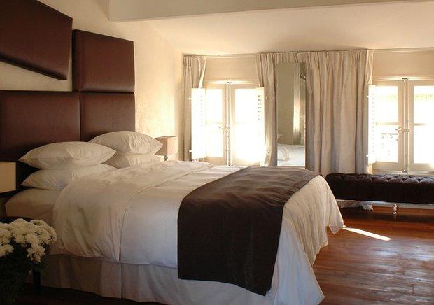 Фотография: Спальня в стиле Современный, Декор интерьера, Франция, Дома и квартиры, Городские места, Отель, Прованс – фото на INMYROOM