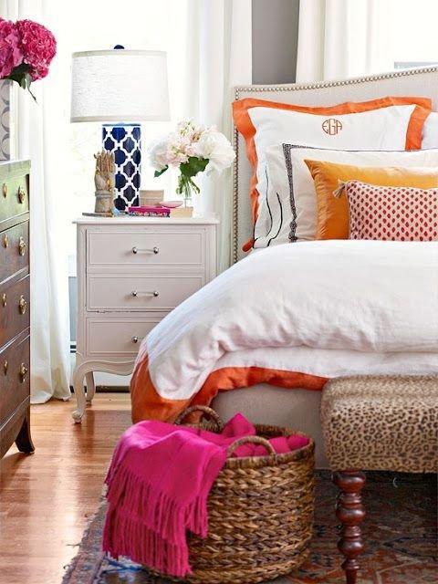 Фотография: Спальня в стиле Прованс и Кантри, Классический, Современный, Декор интерьера, Декор дома, Цвет в интерьере – фото на INMYROOM