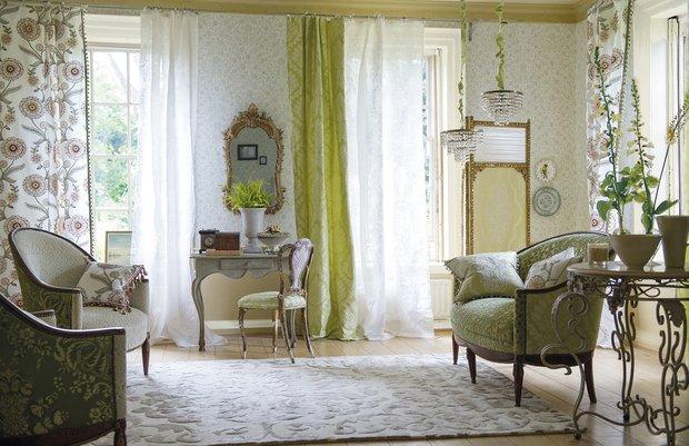 Фотография: Гостиная в стиле Классический, Современный, Декор интерьера, Текстиль, Обои, Ткани – фото на INMYROOM