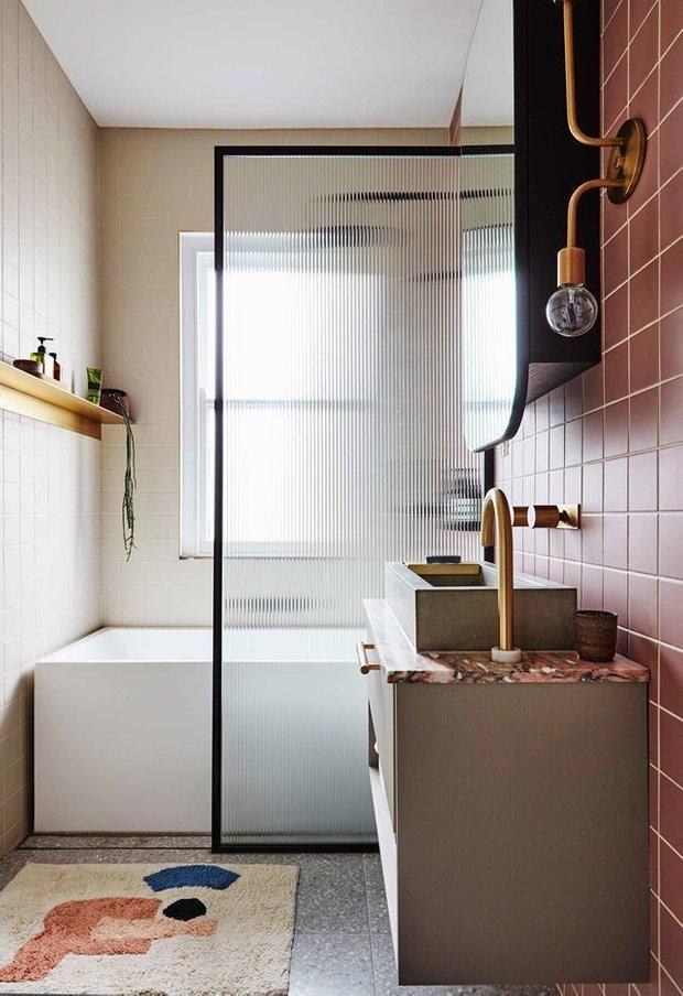 Фотография: Ванная в стиле Скандинавский, Декор интерьера, Квартира, Серый, Розовый, Сидней – фото на INMYROOM