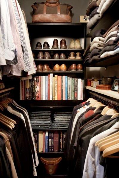 Фотография:  в стиле , Гардеробная, Советы, хранение вещей в малогабаритке, хранение вещей, организация хранения – фото на InMyRoom.ru