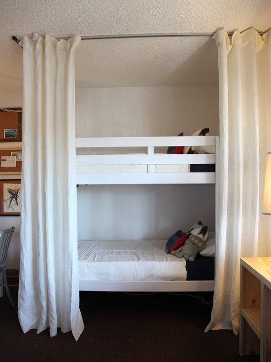 Фотография: Детская в стиле Скандинавский, Советы, Бежевый, Серый, Мебель-трансформер, кровать-трансформер, диван-кровать – фото на INMYROOM