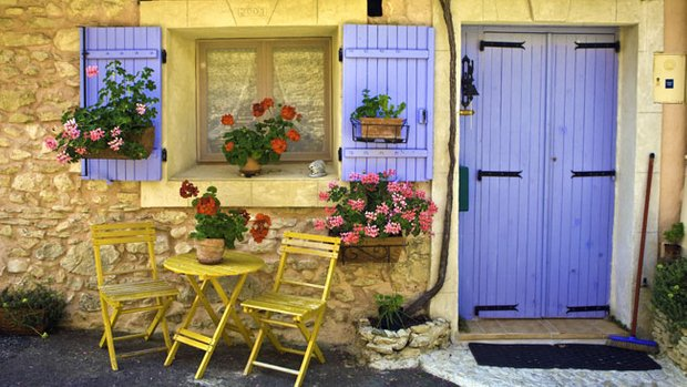 Фотография: Ландшафт в стиле , Декор интерьера, Дом, Франция, Декор дома, Цвет в интерьере, Советы, Прованс – фото на INMYROOM