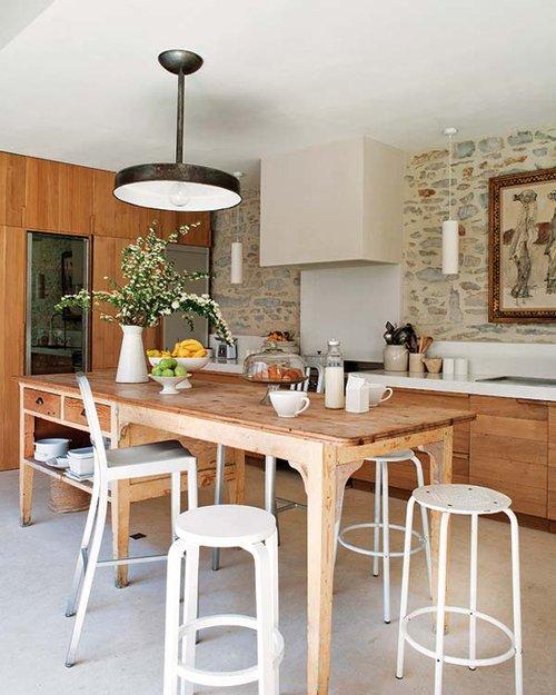 Фотография: Кухня и столовая в стиле Прованс и Кантри, Эклектика, Декор интерьера, Дом, Франция, Дома и квартиры – фото на INMYROOM
