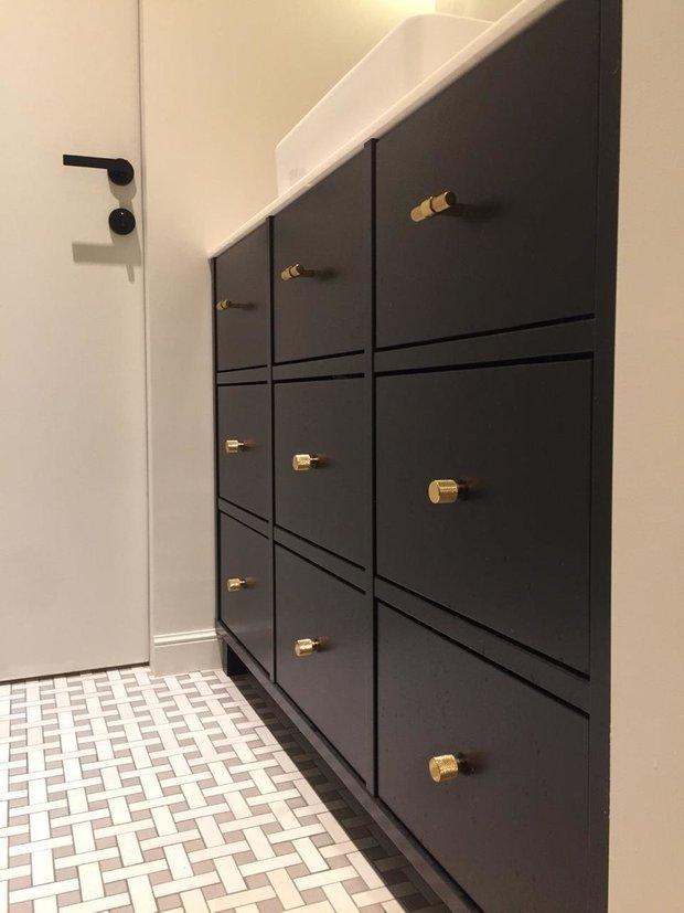 Фотография:  в стиле , DIY, Переделка, ИКЕА, мебель икея, переделка мебели, как покрасить шкаф – фото на INMYROOM