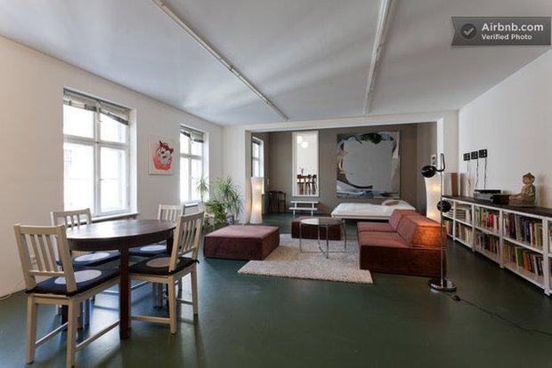 Фотография: Кухня и столовая в стиле Прованс и Кантри, Декор интерьера, Квартира, Дома и квартиры, Airbnb – фото на INMYROOM