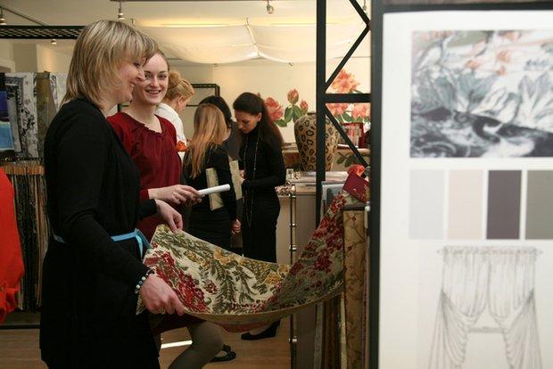 Фотография: Кухня и столовая в стиле Скандинавский, Текстиль, Индустрия, События, Ткани – фото на INMYROOM