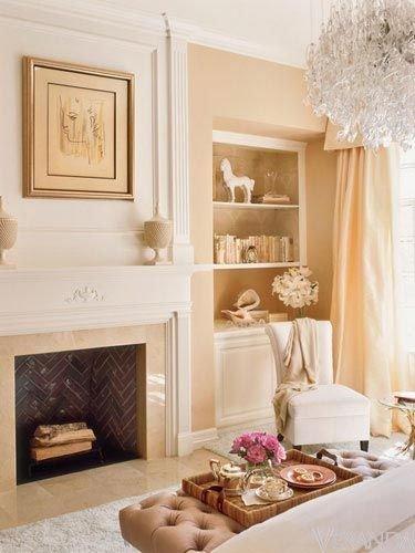 Фотография: Гостиная в стиле Прованс и Кантри, Декор интерьера, Квартира, Дом, Декор дома, Люди, Картины – фото на INMYROOM