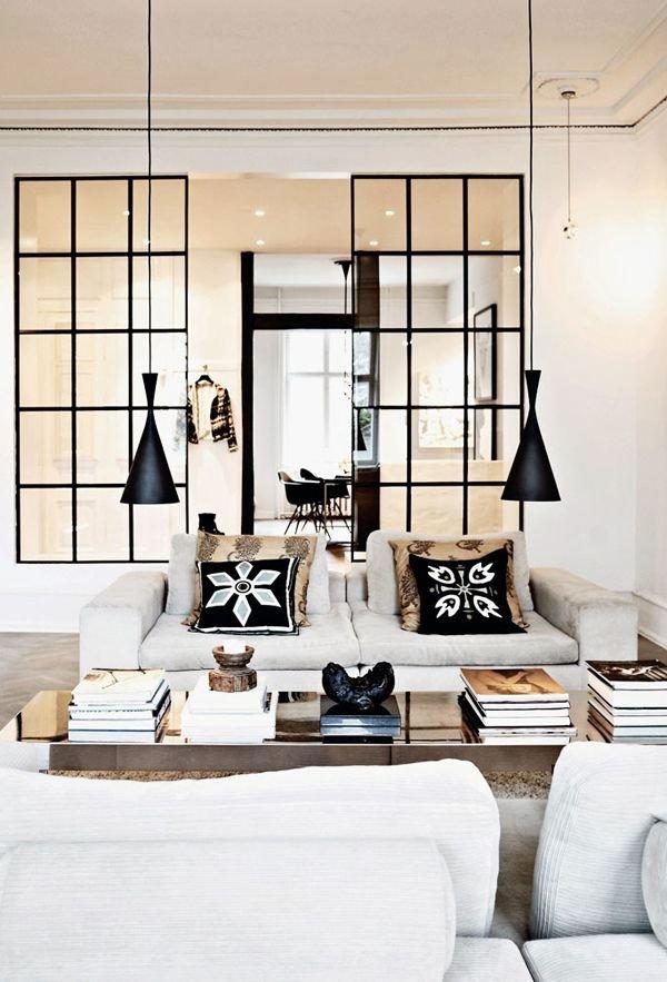 Фотография: Гостиная в стиле Современный, Декор интерьера, Мебель и свет, Перегородки – фото на INMYROOM