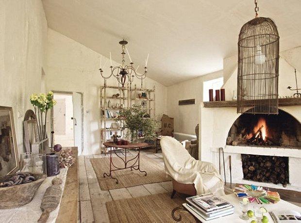 Фотография: Гостиная в стиле Прованс и Кантри, Декор интерьера, Дом, Декор дома, Праздник – фото на INMYROOM