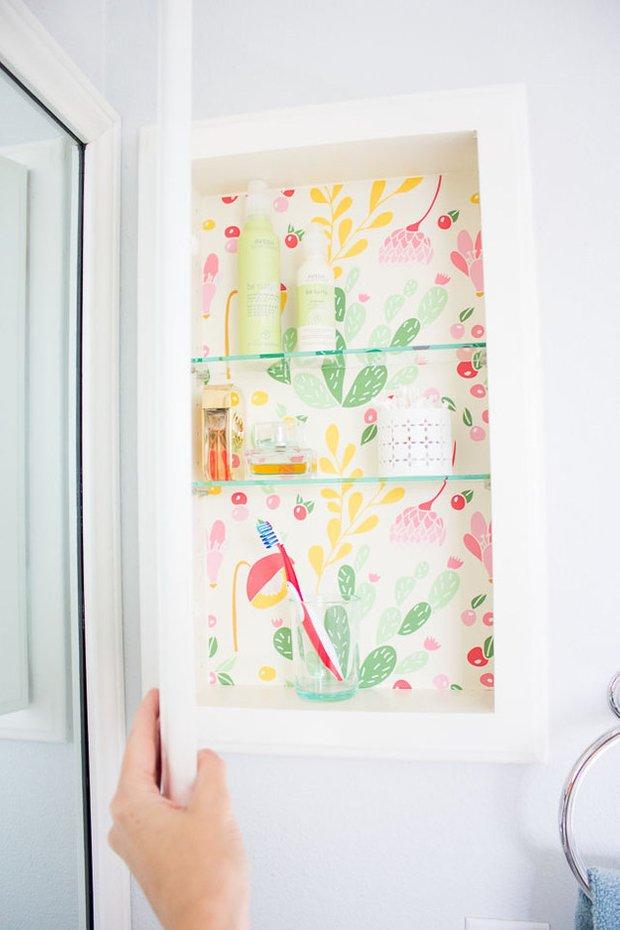 Фотография:  в стиле , Ванная, Декор интерьера, DIY, Декор, лайфхаки, как оформить маленькую ванную, интерьер маленькой ванной – фото на INMYROOM