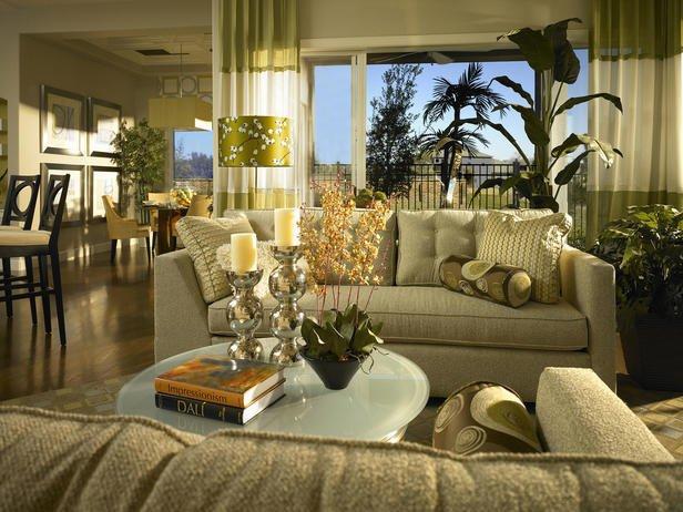 Фотография: Гостиная в стиле Классический, Декор интерьера, Мебель и свет, Советы – фото на INMYROOM