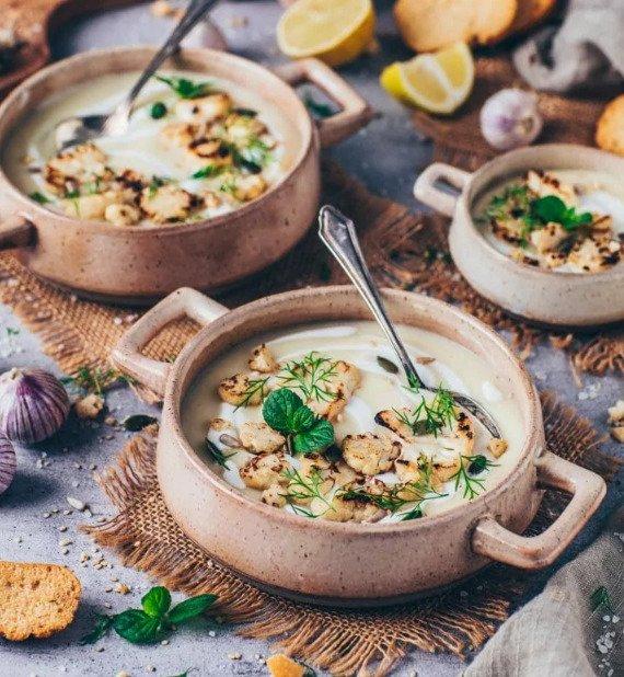 Фотография:  в стиле , Малогабаритная квартира, Первое блюдо, Суп, Кулинарные рецепты, Варить, Европейская кухня, Просто, Цветная капуста – фото на INMYROOM
