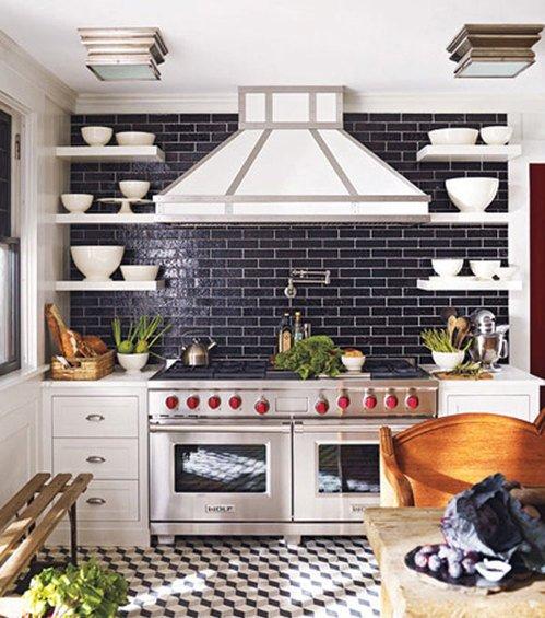 Фотография: Кухня и столовая в стиле Прованс и Кантри, Декор интерьера, Интерьер комнат, Плитка – фото на INMYROOM