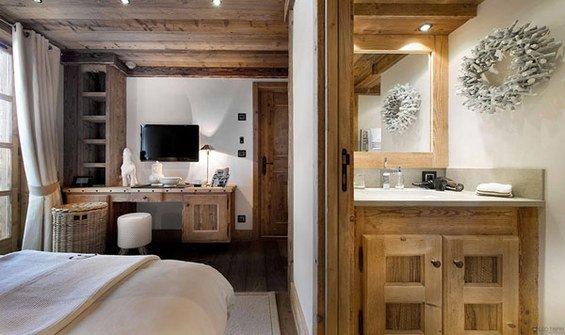 Фотография: Спальня в стиле Прованс и Кантри, Дом, Дома и квартиры, Шале – фото на INMYROOM