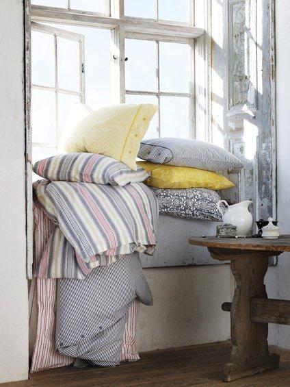 Фотография: Декор в стиле Прованс и Кантри, Декор интерьера, Мебель и свет, Декор дома, Цвет в интерьере, IKEA, Посуда – фото на INMYROOM