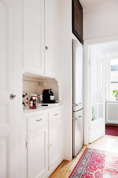 Фотография: Кухня и столовая в стиле Скандинавский, Малогабаритная квартира, Квартира, Дома и квартиры, Стокгольм – фото на InMyRoom.ru