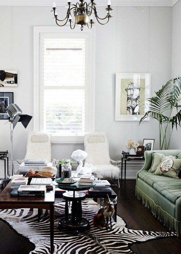 Фотография: Гостиная в стиле Классический, Современный, Эклектика, Дом, Дома и квартиры – фото на INMYROOM