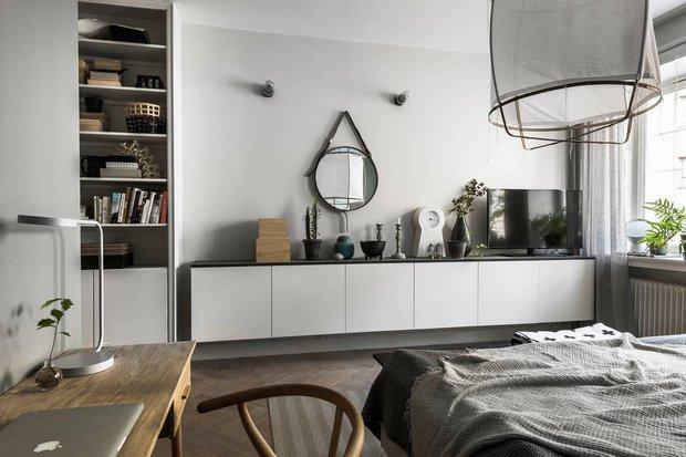 Фотография: Спальня в стиле Скандинавский, Декор интерьера, Квартира, Швеция, Декор, Мебель и свет, Стокгольм, Серый, интерьер в скандинавском стиле, 3 комнаты, 60-90 метров, монохромный интерьер – фото на INMYROOM