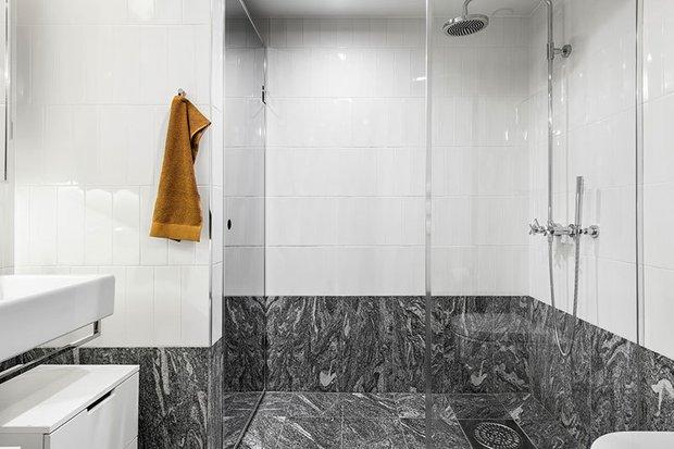 Фотография: Ванная в стиле Скандинавский, Современный, Эклектика, Декор интерьера, Квартира, Белый, Черный, 2 комнаты, 60-90 метров – фото на INMYROOM