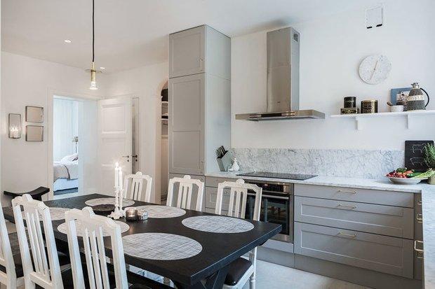 Фотография: Кухня и столовая в стиле Современный, Декор интерьера, Квартира, Советы, Дорого и бюджетно – фото на INMYROOM