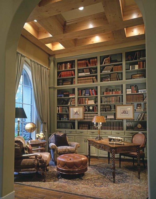 Фотография: Офис в стиле Прованс и Кантри, Хранение, Стиль жизни, Советы, Библиотека – фото на INMYROOM