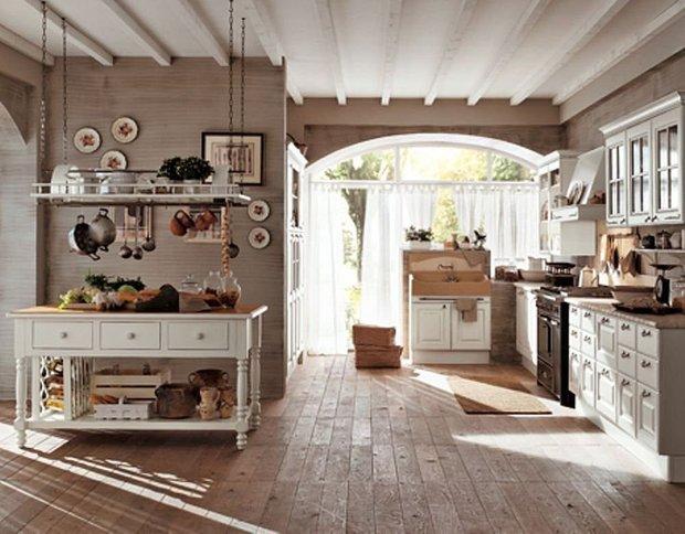 Фотография: Кухня и столовая в стиле Прованс и Кантри, Классический, Современный, Стиль жизни, Советы, Тема месяца, Кухонный фартук – фото на INMYROOM