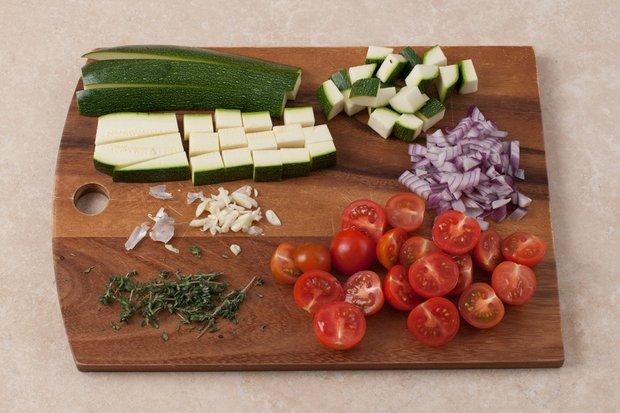 Фотография:  в стиле , Обед, Ужин, Основное блюдо, Выпекание, Рыба, Французская кухня, Кулинарные рецепты, 30 минут – фото на INMYROOM