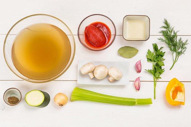 Фотография:  в стиле , Обед, Первое блюдо, Здоровое питание, Вегетарианская, Веганская, Суп, Кулинарные рецепты, Варить, Грибы, 30 минут, Это вкусно, Вкусные рецепты, Домашние рецепты, Рецепты супов, Пошаговые рецепты, Новые рецепты, Рецепты с фото, Как приготовить быстро?, Как приготовить вкусно?, Просто – фото на INMYROOM