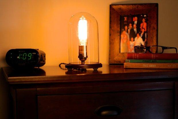 Фотография: Кухня и столовая в стиле Прованс и Кантри, Декор интерьера, Мебель и свет, Декор дома, Светильник, Hellostore – фото на InMyRoom.ru