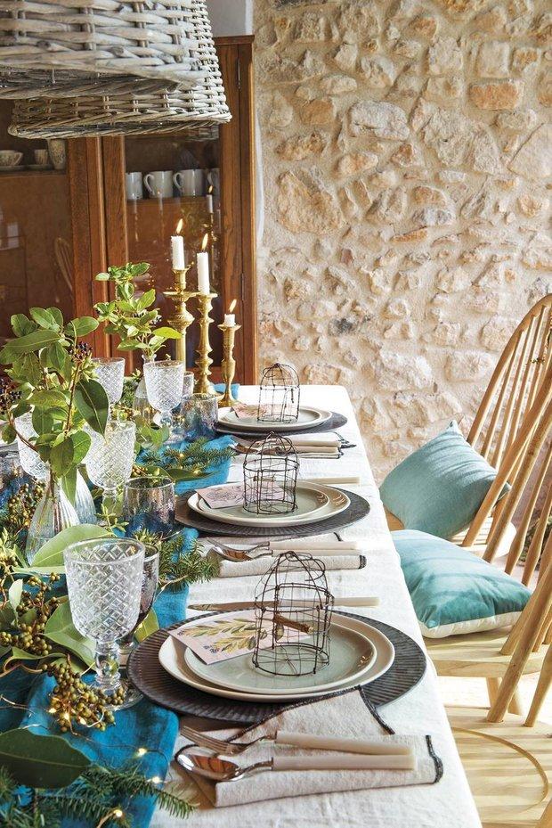 Фотография: Кухня и столовая в стиле Прованс и Кантри, Дом, Белый, Бежевый, Голубой, Бирюзовый, Эко, Дом и дача – фото на INMYROOM