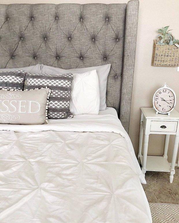 Фотография: Спальня в стиле Прованс и Кантри, Детская, Советы, кровать в спальне, чистка матраса – фото на INMYROOM