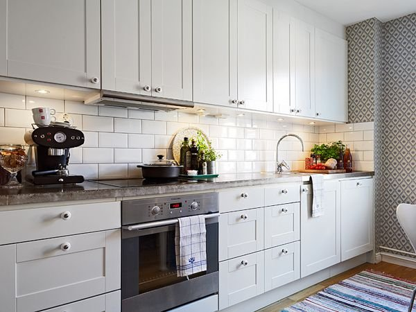 Фотография: Кухня и столовая в стиле Прованс и Кантри, Скандинавский, Декор интерьера, Декор дома – фото на INMYROOM