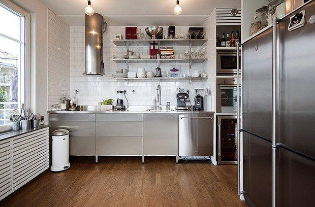 Фотография: Кухня и столовая в стиле Лофт, Хай-тек, Декор интерьера, Интерьер комнат – фото на INMYROOM