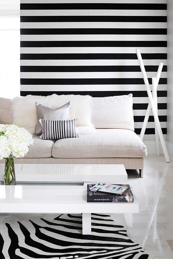 Фотография: Гостиная в стиле Современный, Декор интерьера, Дизайн интерьера, Декор, Цвет в интерьере – фото на INMYROOM