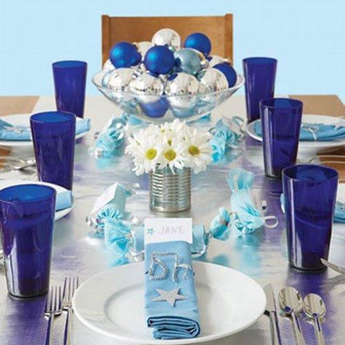 Фотография: Кухня и столовая в стиле Современный, Декор интерьера, Праздник, Новый Год, Сервировка стола – фото на INMYROOM