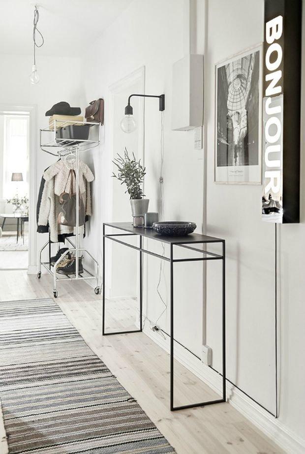 Фотография: Прихожая в стиле Скандинавский, Декор интерьера, Малогабаритная квартира, Квартира, Дом – фото на INMYROOM