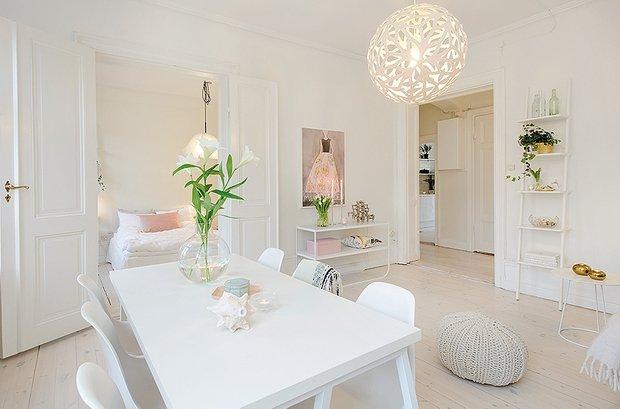 Фотография: Кухня и столовая в стиле Классический, Декор интерьера, Дизайн интерьера, Цвет в интерьере, Советы, Белый – фото на INMYROOM