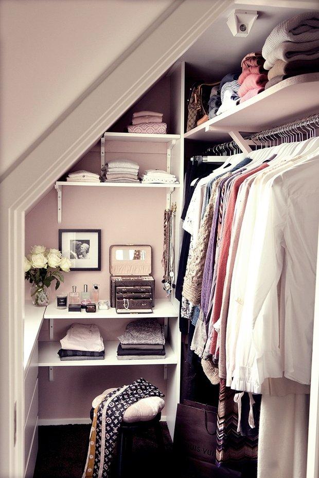 Фотография: Мебель и свет в стиле Современный, Гардеробная, Хранение, Интерьер комнат – фото на INMYROOM