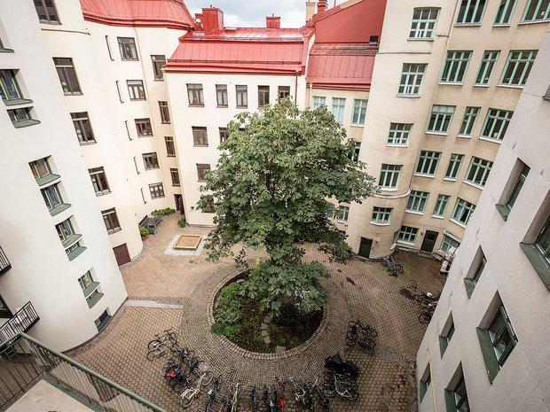 Фотография: Архитектура в стиле , Скандинавский, Декор интерьера, Квартира, Швеция, Белый, Черный, Стокгольм, ИКЕА, хранение вещей, хранение в ванной комнате, 3 комнаты, 60-90 метров – фото на INMYROOM