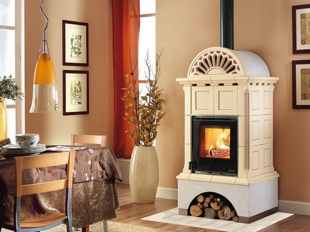 Фотография: Кухня и столовая в стиле , Декор интерьера, Дом, Декор дома, Камин – фото на INMYROOM