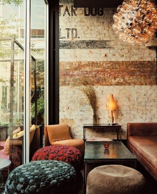 Фотография: Гостиная в стиле Лофт, Прованс и Кантри, Скандинавский, Декор, Советы, Ремонт на практике, кирпич в интерьере, покраска кирпичной стены, кирпичная стена, кирпичная стена в интерьере, краска для кирпичной стены – фото на INMYROOM