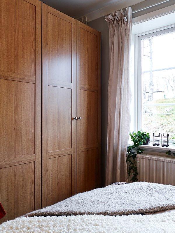 Фотография: Спальня в стиле Скандинавский, Малогабаритная квартира, Квартира, Цвет в интерьере, Дома и квартиры, Белый, Гетеборг, 2 комнаты, 40-60 метров – фото на InMyRoom.ru
