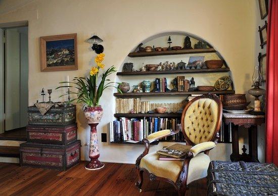 Фотография: Гостиная в стиле Прованс и Кантри, Классический, Современный, Декор интерьера, Мебель и свет – фото на INMYROOM