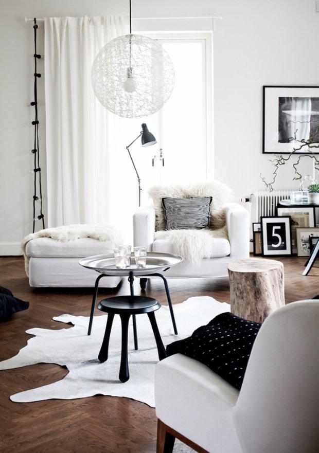 Фотография: Гостиная в стиле Скандинавский, Декор интерьера, Мебель и свет, Журнальный столик – фото на INMYROOM